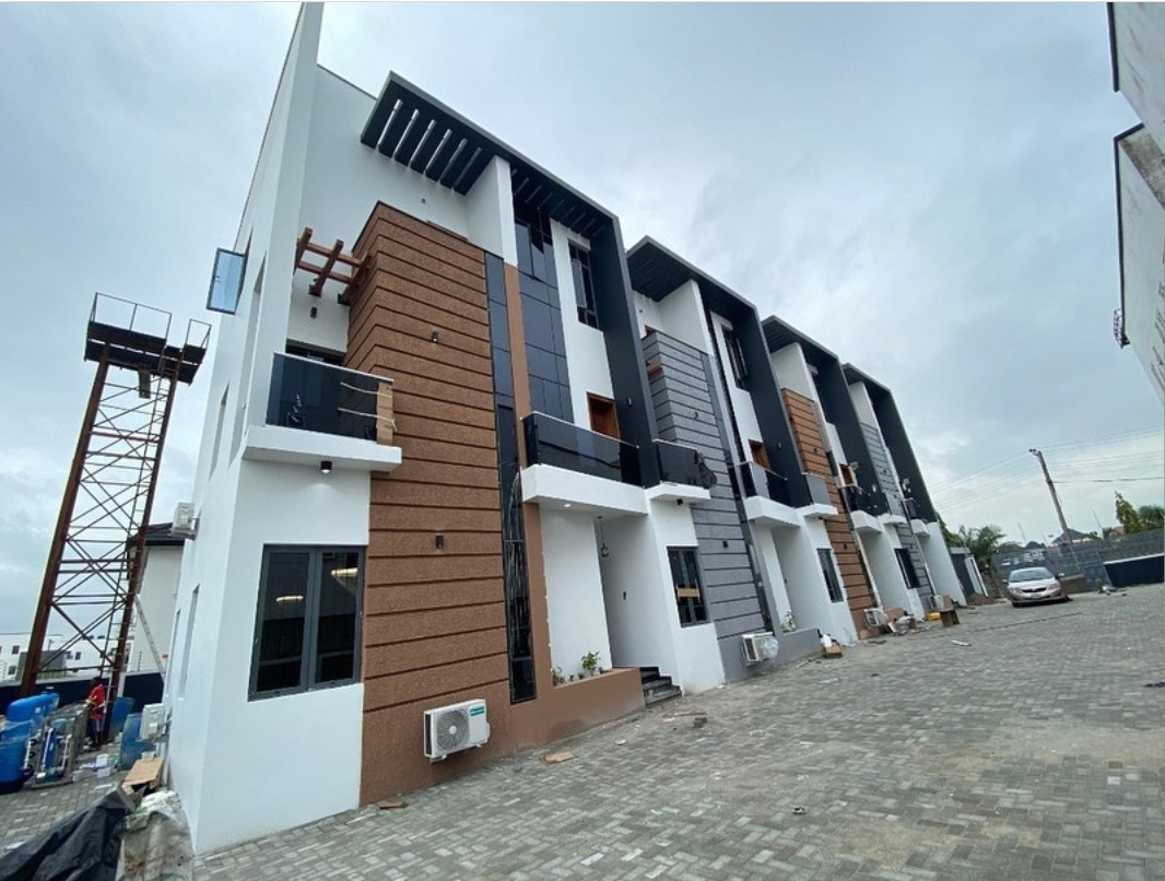 4 Bedroom Terraces with BQ In Ikate, Lekki, Lagos.